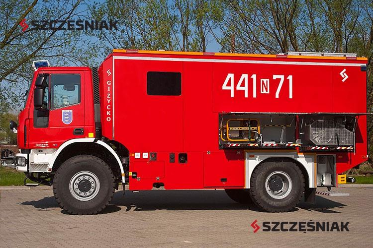 Średni samochód ratownictwa wodnego Iveco Eurocargo ML150E28