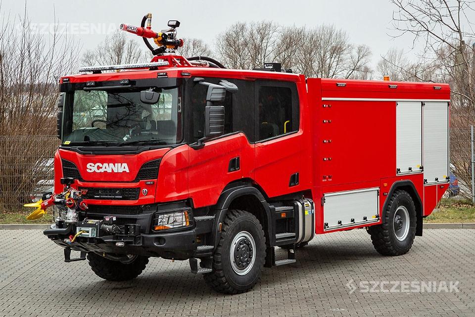 Ciężki lotniskowy Samochód Ratowniczo Gaśniczy Scania P 4×4