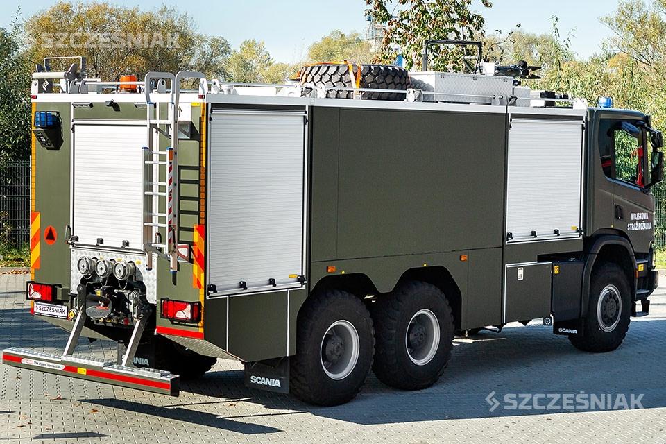 Ciężki lotniskowy Samochód Ratowniczo Gaśniczy Scania P 6x6