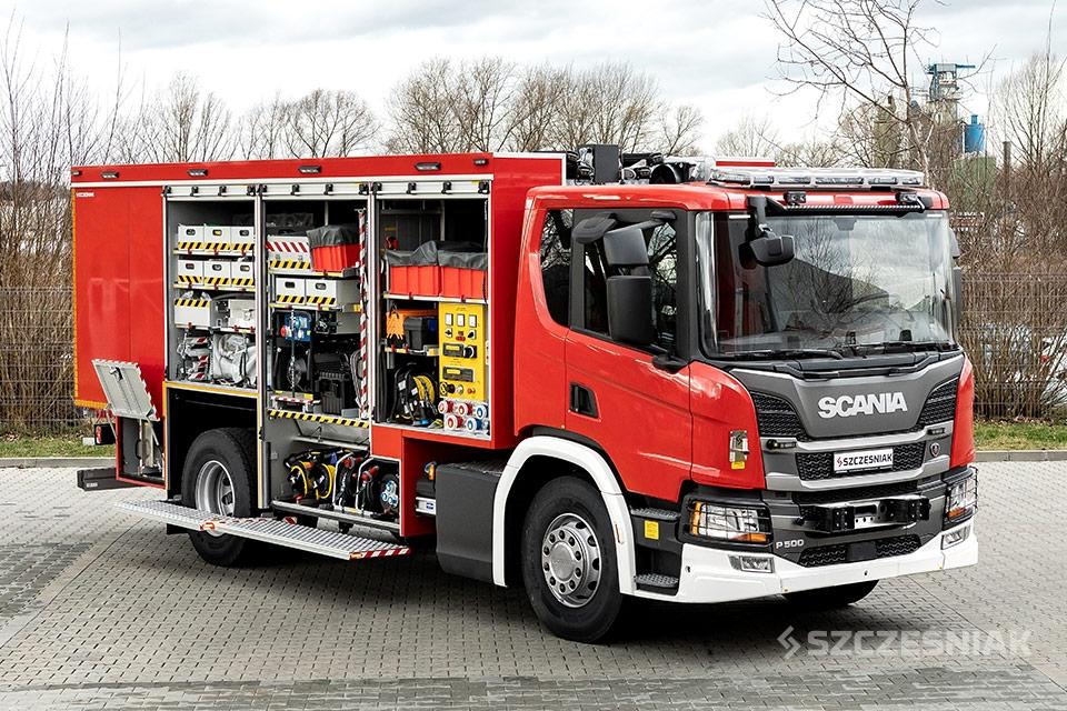 Średni Samochód Ratownictwa Chemicznego Scania P