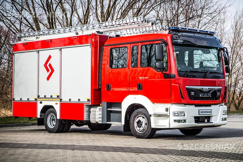 Średni Samochód Ratowniczo Gaśniczy klasy GBA, MAN TGL