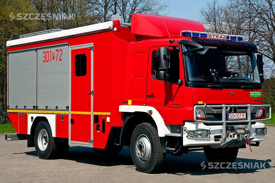 Samochód ratownictwa wodnego Mercedes Atego 4x4