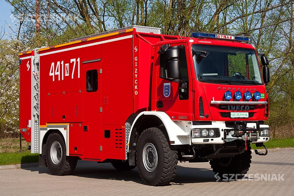 Średni samochód ratownictwa wodnego IVECO EUROCARGO 4x4