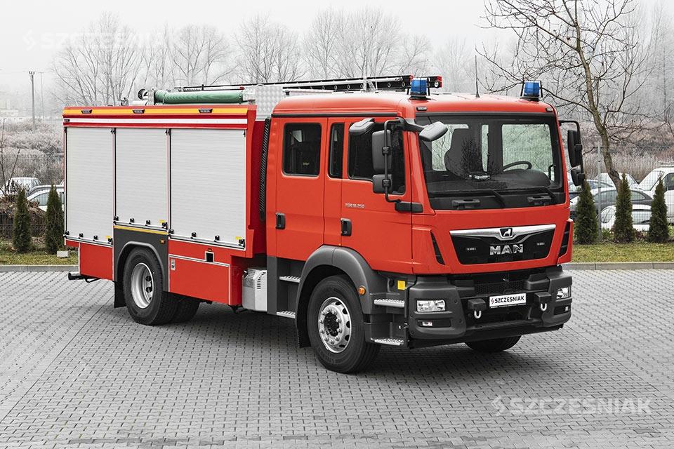 Ciężki samochód ratowniczo gaśniczy MAN TGM 4x2