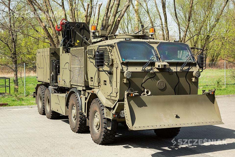 Kołowy Wóz Zabezpieczenia Technicznego KWZT-3